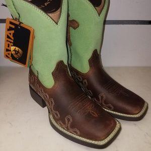 New Ariat 10011897 Crossroads Kids Boots